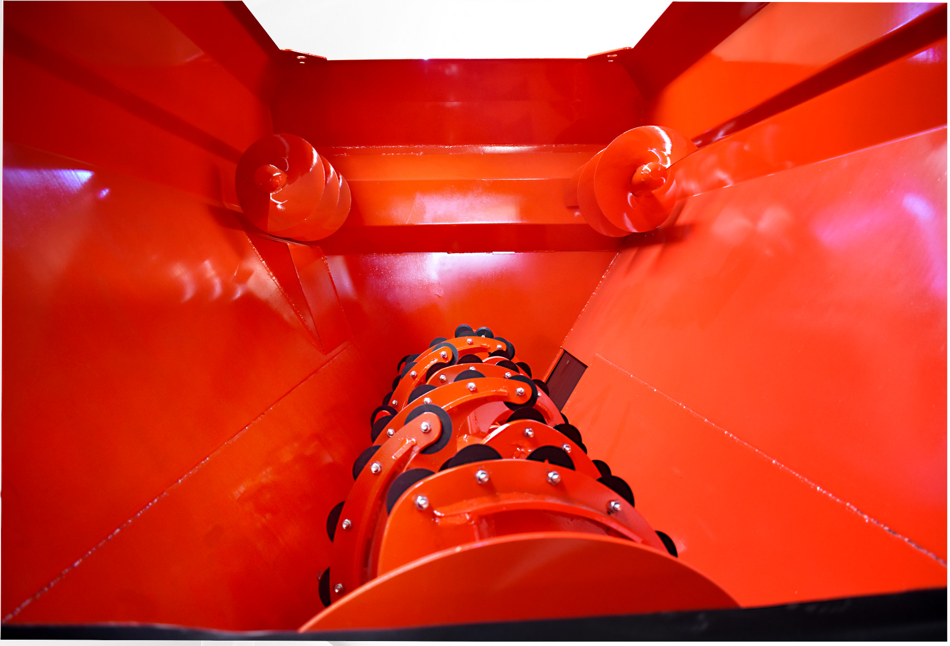 Yatay Tek Helezonlu Yem Karma Makinası 6 m3 - Tosun Tarım Makinaları İzmir